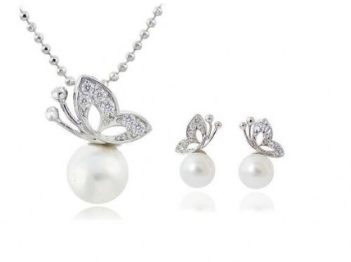 New pearls Butterfly Pendant Necklace Earrings Jewellery Set